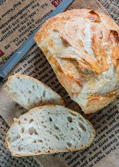 No Knead Bread - no kneading required, 4 simple ingredients, baked in a Dutch Oven! The result is simple perfection, hands down the best bread you'll ever eat! #nokneadbread