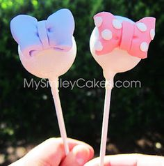 My Smiley Cakes: my Daisy Duck themed cake pops