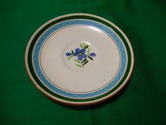 $1.99 - Up for sale is a, hand painted, 6 1/4 saucer, from Stangl Pottery, in the Country Garden pattern. In good used condition, with no chips, cracks or flea bites, but may have some crazing to the glaze. We Do not sell or ship INTERNATIONALLY, Except to CANADA as of 11/01/2015. Canadian customers have to contact us for shipping charges, as we need your Province and area code for pricing.