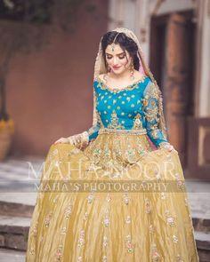 Asian Wedding Dress Pakistani, Pakistani Bridal Makeup, Pakistani Formal Dresses, Indian Bridal, Mehndi Outfit, Mehndi Dress, Dress Shirts For Women, Clothes For Women, Bollywood Hairstyles