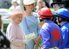 The Queen, with Lady Carolyn Warren,  in the parade ring as the jockeys came out for the first race on the final day of 2014 Ascot. Royal Ascot June 21, 2014