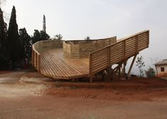 Looping wooden viewing platform in China built by students in just six days.