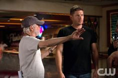 """Supernatural -- """"Reichenbach"""" -- Image SN1003a_BTS_0318 -- Pictured (L-R): Behind the scenes with Director Thomas J. Wright and Jensen Ackles as Dean -- Credit: Diyah Pera/The CW --  © 2014 The CW Network, LLC. All Rights Reserved"""
