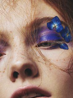 Idée Maquillage 2018 / 2019 : Photographer Mike Blackett and makeup artist Scarlett Burton team up for Hunger Flower Makeup, Fairy Makeup, Eye Makeup, Beauty Makeup, Makeup Inspo, Makeup Inspiration, Makeup Ideas, Hair Cute, Art Visage