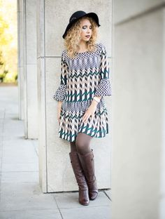 Kationette, Fashionblog, ootd, lotd, Streetstyle, floppy hat, seventies dress, trumpet sleeves, bloggerstyle, outfit, inspiration, curls