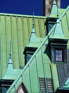 Copper Roof of Government Building on Place De La Gare, Quebec City, Canada Copper Roof, Green Copper, Metal Roof, Blue In Green, Chateau Frontenac, Le Petit Champlain, Haint Blue, Blue Roof, Roof Cleaning