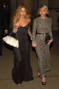 Mary Kate & Ashley Olsen in Badgley Mischka @ Met Gala 2006