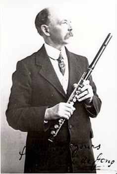 EDWARD DE JONG     Born March 1st 1837  at Deventer, Holland.  Died November 20th, Sulby, Isle of Man     Began flute studies in Cologne, later moving to Leipzig to study his instrument with Hanke for whom he acted as deputy at the Leipzig Opera House.     He was a member of  Jullien's Band in the early 1850's before his appointment as principal flute under Charles Hallé in 1858. March 1st, November, Wooden Flute, Isle Of Man, Halle, Cologne, Holland, Opera House, Instruments