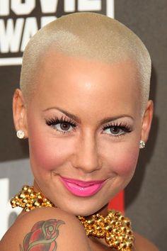Vorrei tanto il suo taglio di capelli!!! .... Wanna her haircut soooo much!!!!
