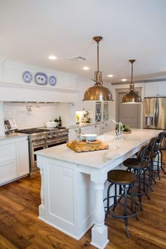 Kitchen Lighting Over Island Joanna Gaines Fixer Upper Hgtv Ideas Fixer Upper Hgtv, Hgtv Fixer Upper Kitchens, Kitchen Island With Stove, New Kitchen, Kitchen Dining, Kitchen Layout, Kitchen Islands, Kitchen Flooring, Kitchen Ideas