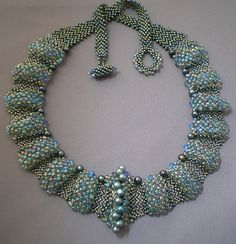 (pic) Marcia DeCoster beaded necklace She says it is all right-angle weave the only peyote is the clasp