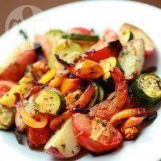 Zdjęcie do przepisu: Warzywa pieczone z ziołami