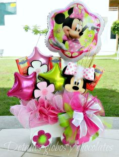 Detalles globos y chocolates - San Valentino Idee Candy Bouquet Diy, Gift Bouquet, Balloon Bouquet, Best Gift Baskets, Girl Gift Baskets, Birthday Bouquet, Birthday Diy, Centerpiece Decorations, Balloon Decorations