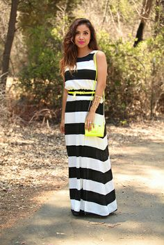 stripes dress and yellow accents High Fashion, Fashion Beauty, Womens Fashion, Best Summer Dresses, Cool Outfits, Fashion Outfits, Classy And Fabulous, Striped Dress, Casual Chic