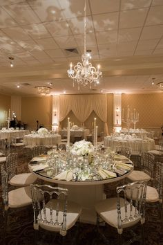 photo: Eli Turner Studios; What a glamorous wedding reception; Click to see more gorgeous details of this wedding.