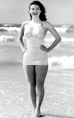 Ava Gardner in a swimsuit!