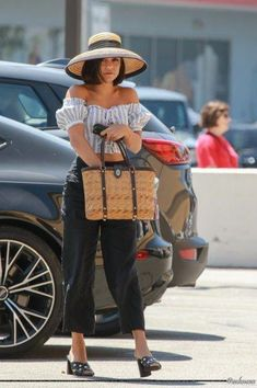 f61b7605c03c Heading to Alfred {Coffee + Kitchen} in Studio City - - Vanessa Hudgens  Photo Gallery - Part of - Photo Gallery. Fall Fashion Trends