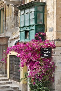 Malta. Very typical building.