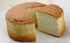 A receita de massa de pão de ló é própria para ser usada quando o intuito é fazer um bolo recheado. O tempo de preparo é de apenas 40 minutos.