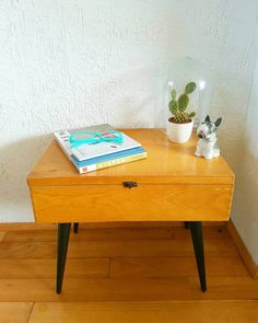 Bekijk dit items in mijn Etsy shop https://www.etsy.com/nl/listing/519456715/danish-design-sewing-box-on-dansette