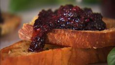Giada de Laurentiis' sweet basil and blackberry jam... Can't wait to try this!