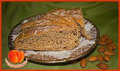 Простой пирог с миндалем
