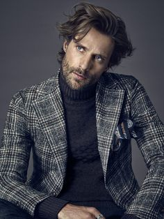 stylish menswear looks great 91544 Blazer En Tweed, Look Blazer, Turtleneck With Blazer, Gentleman Mode, Gentleman Style, Urban Fashion, Fashion Looks, Fashion Tips, Fashion Trends