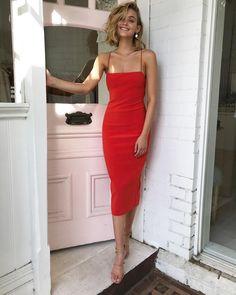 This colour 🙌🏻 Shop the Bec & Bridge Lea lace up midi dress in fire Elegant Dresses, Pretty Dresses, Beautiful Dresses, Casual Dresses, Fashion Dresses, Formal Dresses, Formal Midi Dress, Fitted Midi Dress, Red Midi Dress