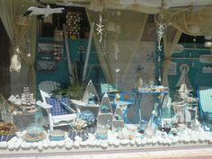 summer -floral trade center window display by Anna Remoudaki & Konstantina Grigoriou.