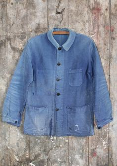 Vintage 1950s blue worn out sunfaded blue french work by SMIDIRINI,