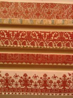 Musée Benaki, Athènes All Craft, Crafty Craft, Greek Traditional Dress, Benaki Museum, Embroidery Fashion, Athens Greece, Beautiful Islands, Folk Art, Flora