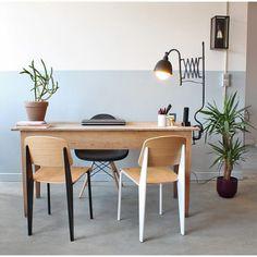 W o r k - p o i n t  Todo disponible en nuestra e-shop http://ift.tt/1orqV3d #singularmarket #workshop #office #work #workfromhome #workplace #coworking #oficina #deco #cemento #warehouse #industrialfurniture #industrialdecor #flexo #standard #jeanprouve #eames #dws #cactus #edison #plants #officespace Mobiliario de Estilo Vintage e Industrial Singular Market. Entra en nuestra e-shop y echa un vistazo a todo lo que podemos ofrecerte!