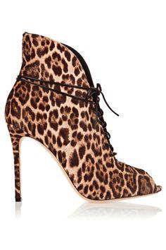 Las 8 prendas de leopardo que tienes que tener © Gianvito Rossi