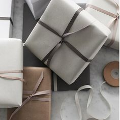 Gift wrapping ideas up on the blog./ #frommetoyou #elisabethheierno