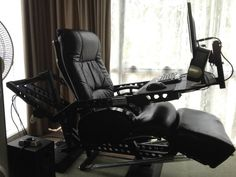 Photo gallery: Preventing computer eye strain (My gawd, this photo is not in the gallery that this entry is linked to, but this chair is an absolutely incredible investment. I want one pronto!)