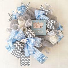 Baby boy wreath #babyshowergift #tomtomwreath #chevlon #grayandblue
