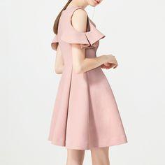 JACOP Flounced Off-Shoulder Dress