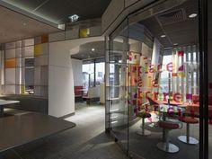 mcdonalds interior in france, modern mcdonalds interior, patrick norguet, patrick norguet mcdonalds - http://architectism.com/mcdonalds-interior-in-france-by-patrick-norguet/