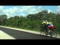 Atleta invidente. Marcos y Miguel Reto Cancún-Chichen 2013. 212 km 8 horas. @Marcos Velazquez