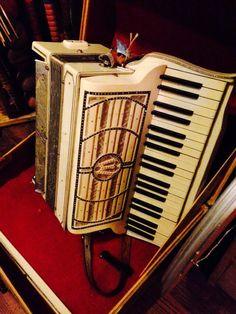 accordion - Frankston Tx