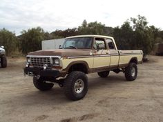 Brown/Tan '79 ext cab Ford