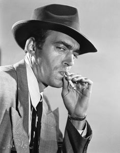 Jack Elam (1920-2003); another really great character actor.  Could play evil and comic to perfection.