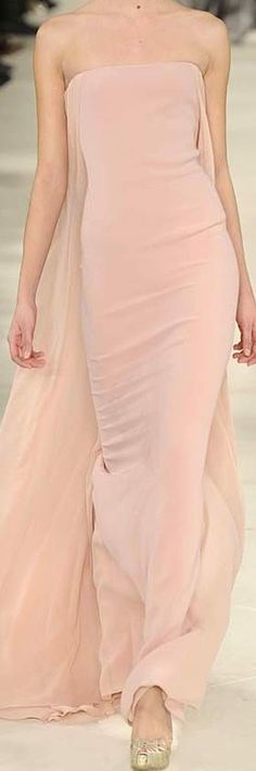 Ralph Lauren Style, Trends, Looking For Women, Beautiful Outfits, Runway Fashion, Designer, Evening Dresses, Dress Up, Feminine
