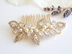 Gold Bridal Hair Comb, Swarovski Pearl Wedding Hair Comb, Crystal Leaf Bridal Headpiece, Wedding Hairpiece, CZ Bridal Hair Clip, AUGUSTINA