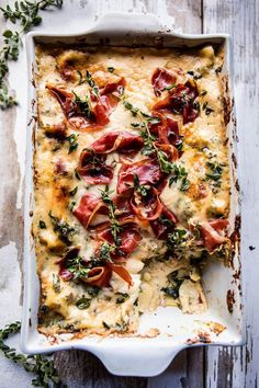 Source: Half Baked Harvest Thought you knew lasagne? Try this recipe for crispy prosciutto white lasagne and let us know your thoughts. White Lasagna, Masterchef, Half Baked Harvest, Food Truck, Pasta Dishes, Food Inspiration, Italian Recipes, Cooking Recipes, Lasagna Recipes