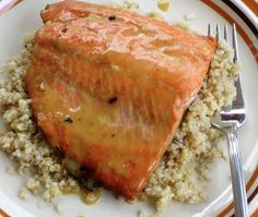 This honey-dijon glazed salmon has a hint of lemon and makes a healthy clean eating meal, when you want something new while dieting. Not a big fan of salmon but this sounds and looks delicious! Low Calorie Dinners, No Calorie Foods, Low Calorie Recipes, Healthy Recipes, Delicious Recipes, Salmon Recipes, Fish Recipes, Seafood Recipes, Dinner Recipes
