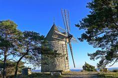 Montfuron - Provence, France (via Provenza)