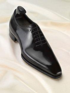 The Shoe Snob: The Only Dress Shoe Ever Really Needed - The Black Wholecut (Gaziano & Girling)