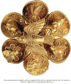 Ancient Greek Jewelry - Round decorative diadem with an eagle at the center. Second half of the century. Roman Jewelry, Greek Jewelry, Jewelry Art, Jewelry Design, Jewelry Gifts, Gold Jewelry, Jewlery, Ancient Jewelry, Antique Jewelry