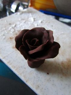 Step by step guide how to make chocolate roses